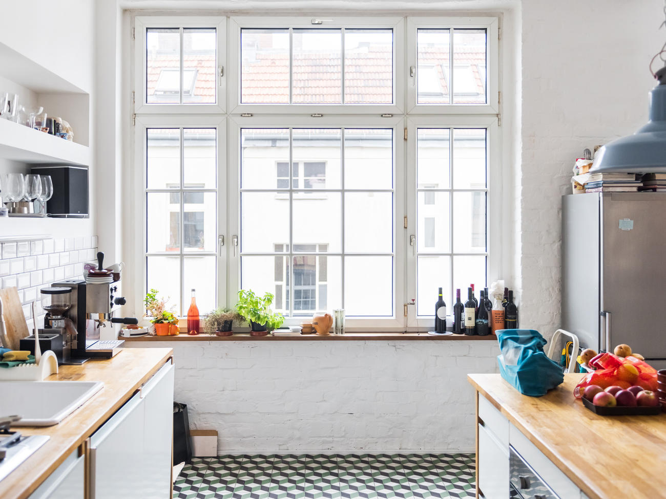 EC: 8 Places In Your Kitchen That You Definitely Don't Clean Often Enough