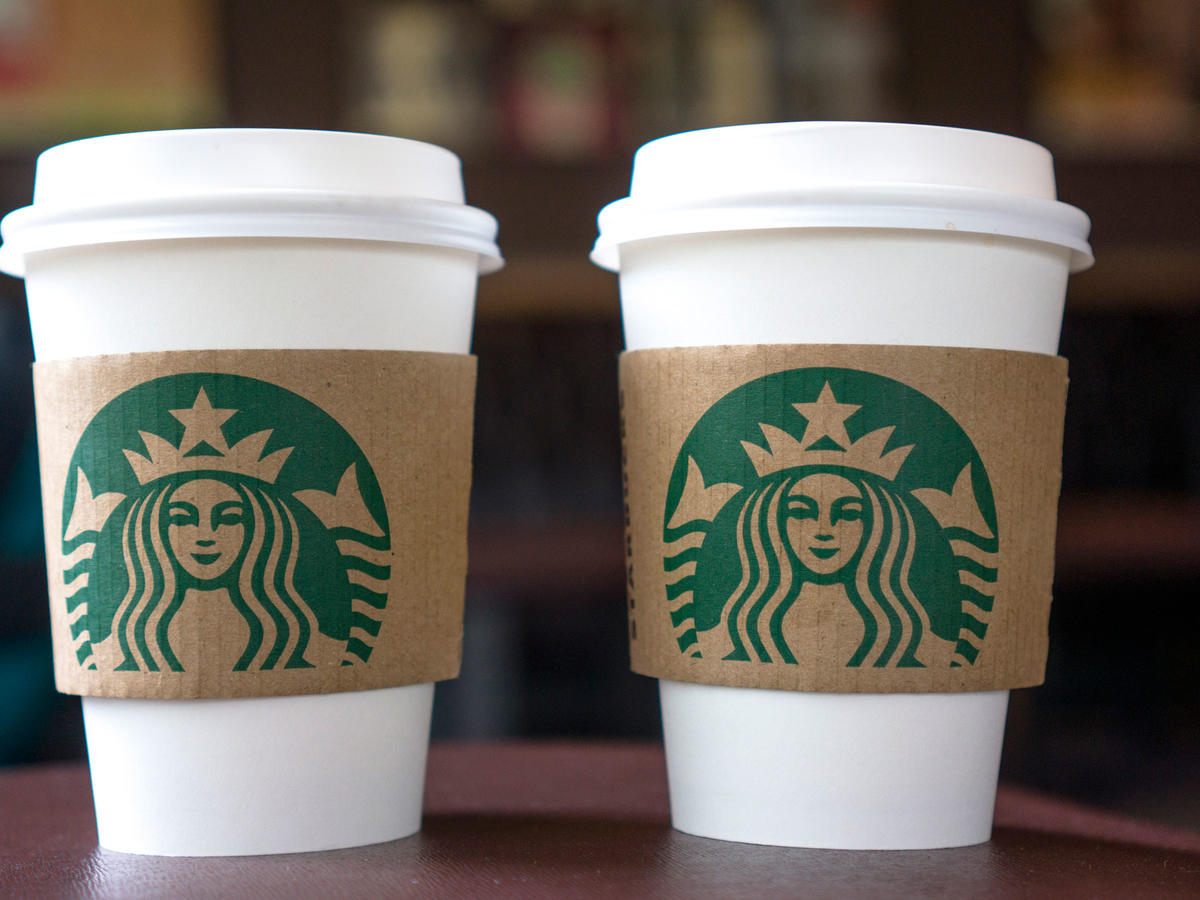 EC: This Starbucks Barista Draws Incredible Caricatures on Coffee Cups
