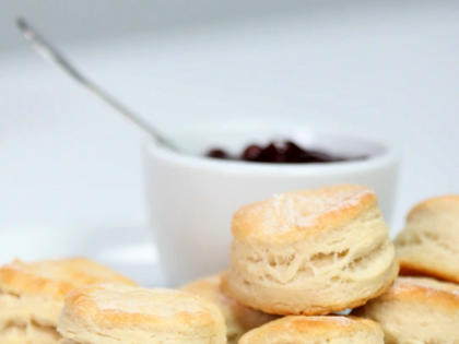 How to Make Flaky Buttermilk Biscuits