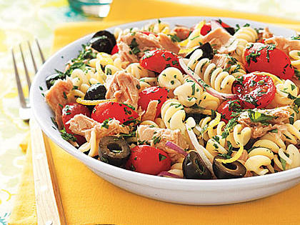 Pasta Salad with Tuna, Olives and Parsley